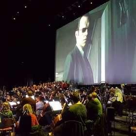 Promítání filmu Matrix s živou hudbou
