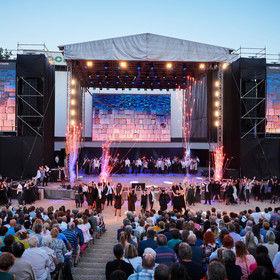 Noc s Operou v Plzni
