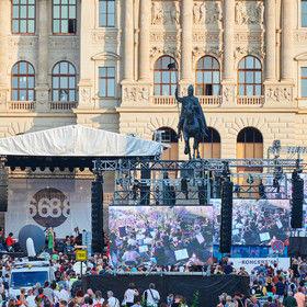 Brány pro LED na koncertě pro Český rozhlas na Václavském náměstí